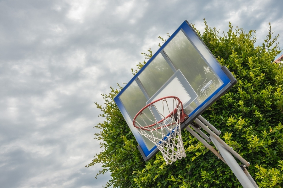 secure basketball hoop